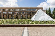 Gėlių pieva virtęs fontanas prie Seimo kasmet atsieina 25 tūkst. eurų