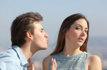 6 akivaizdūs ženklai, kad ji nori jus palikti