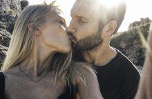 V. Baumila pristato romantišką dainą ir su mylimąja kurtą vaizdo klipą