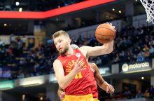 """""""Pacers"""" su D. Saboniu įveikė """"Mavericks"""" ir neutralizavo L. Dončičių"""