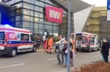 Lenkijoje prekybos centre vyras nudūrė moterį <span style=color:red;>(yra sužeistųjų)</span>