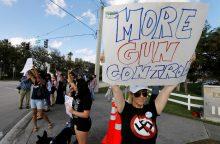 Sužeistas ginklą į Ohajo mokyklą slapčia įsinešęs septintokas