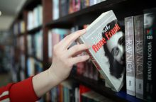 Iš mokymo programos nori išbraukt A. Frank dienoraštį: peticiją pasirašė tūkstančiai