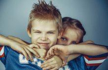 Tėvystės klaidos: kodėl pavojinga vaikus lyginti su kitais?