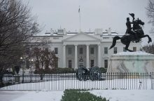 """""""Tautiška giesmė"""" skambės ir prie Baltųjų rūmų"""