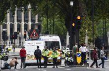 Th. May: D. Britanijoje teroro grėsmė tebėra rimto lygio