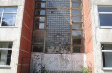 Kaune apleistame mokyklos pastate kilo gaisras