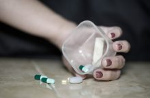 Reformos grimasos: liko be vaistų nuo vėžio