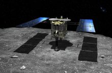 """Japonijos zondas """"Hayabusa2"""" nusileido ant tolimo asteroido"""