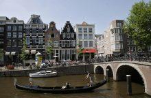 """Amsterdamo valdžia nori uždrausti nuomoti būstą per """"Airbnb"""""""