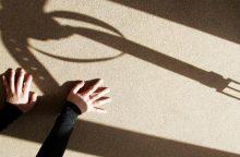 Už mažametės seksualinį išnaudojimą nuteisti du vyrai