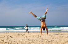 10 patarimų, kaip išvengti ligų ir susižalojimų užsienio paplūdimyje