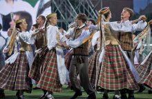 Liaudiškų šokių sambūryje Širvintose suksis net penki šimtai šokėjų