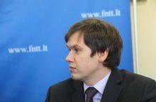 """V. Valvonis apie """"Swedbank"""" skandalą: nemanome, kad įtartini pervedimai pasiekė šalį"""