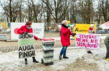 Prie Kauno savivaldybės šančiškiai surengė triukšmingą protestą