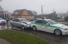 Avarija Ukmergėje: nukentėjo mažametė ir policininkai