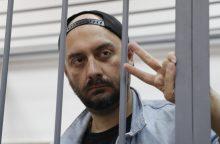 Sukčiavimu kaltinamam Rusijos teatro režisieriui skirtas namų areštas