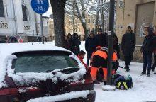 Drama: ligoninės personalas nepadėjo praeiviui – liepė laukti greitosios, vyras mirė