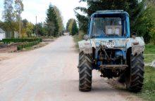 Bandymas pripūsti traktoriaus padangą baigėsi tragiškai