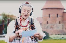 Viešajame transporte – galimybė mokytis užsienio kalbos