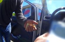 Pareigūnai apie girto vairuotojo bandymą papirkti: tai labai blogas pavyzdys