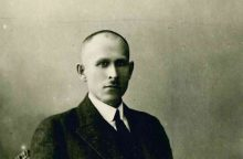 Šimtmečio asmenybių mozaika: lietuvių kalbos krikštatėviai