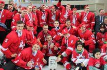 Lietuvos ledo ritulio jaunimo rinktinė pradėjo pasiruošimą pasaulio čempionatui