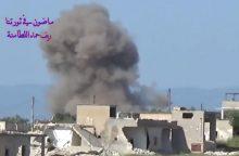 Sirijos Rakos mieste per koalicijos antskrydžius žuvo dešimtys civilių