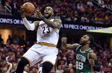 """Po trečiosios pergalės """"Cavaliers"""" liko tik žingsnis iki NBA finalo"""