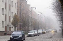 Vakarų Lietuvoje eismą sunkina tvyrantis rūkas
