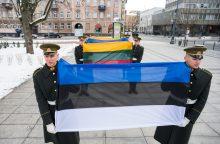 Estiją sveikinantys Lietuvos vadovai ragina toliau dirbti kartu