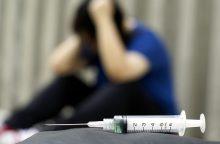 Prekybos centro apsaugininkai gynėsi nuo narkomano su švirkštu