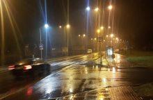 Policija prašo padėti surasti moterį partrenkusį vairuotoją