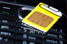 """""""Tele2"""" ir """"Bitė Lietuva"""" prašo kompensuoti SIM kortelių registravimo išlaidas"""