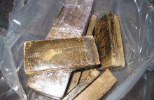Lietuvos pilietis į Rusiją bandė įvežti 16 kilogramų hašišo