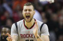 """Pasiekė savo: D. Motiejūnas pasirašė naują sutartį su """"Rockets"""""""