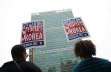 Kinija ragina JAV ir Šiaurės Korėją nebegrasinti viena kitai