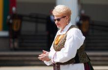 Lietuvos prezidentė pasveikino seniausio šalyje folkloro festivalio dalyvius