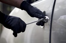Vilniuje sulaikyti ilgapirščiai, įtariami per parą apvogę šešis automobilius