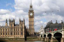 Rekordiškai padaugėjo Britanijoje dirbančių ES šalių piliečių
