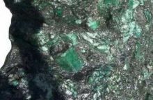 Brazilijoje rastas beveik 300 kg sveriantis smaragdas