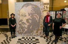 Centriniame pašte – J. Basanavičius iš 10 tūkst. pašto ženklų