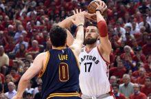 """""""Raptors"""" su J. Valančiūnu nepavyko darsyk išlyginti finalo serijos rezultato"""