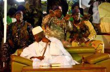 22 metus valdęs Gambijos prezidentas pripažino pralaimėjimą rinkimuose