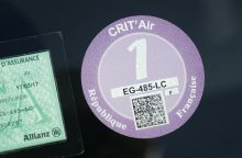 Paryžiuje automobilius sužymėjo pagal taršos lygį