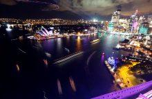 Australijoje vyksta įspūdingas šviesų festivalis