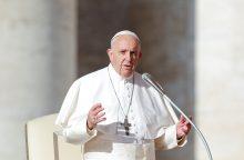 Popiežius Pranciškus perspėja dėl nacionalizmo ir ksenofobijos
