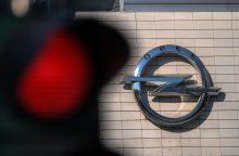 """Smūgis """"Opel"""": atšaukiama apie 100 tūkst. automobilių"""
