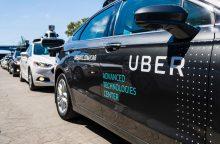 """""""Uber"""" kaltinama pavogusi autonominio važiavimo technologiją"""