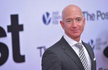 """""""Amazon"""" vadovas – turtingiausias žmogus šiuolaikinėje istorijoje"""